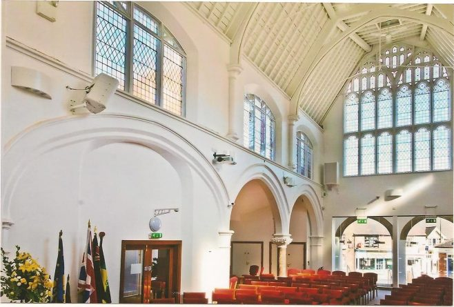 2012 Lichfield Methodist Church interior 1