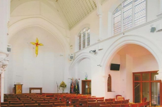 2012 Lichfield Methodist Church interior 2
