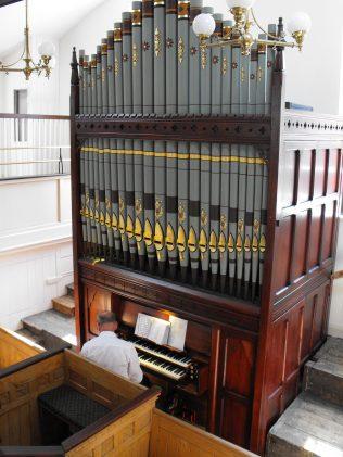 Pipe organ at George Street, Oldham. | Andrew Fielding
