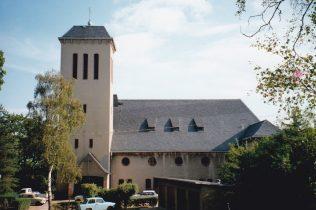 Christuskirche 1991   Geoff Croughton