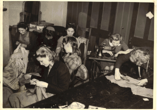Sewing group | Patricia Collins