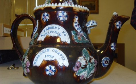 Barge-ware Tea Pot